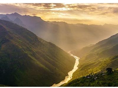 Mã Pí Lèng – cung đèo huyền thoại trên cao nguyên Hà Giang