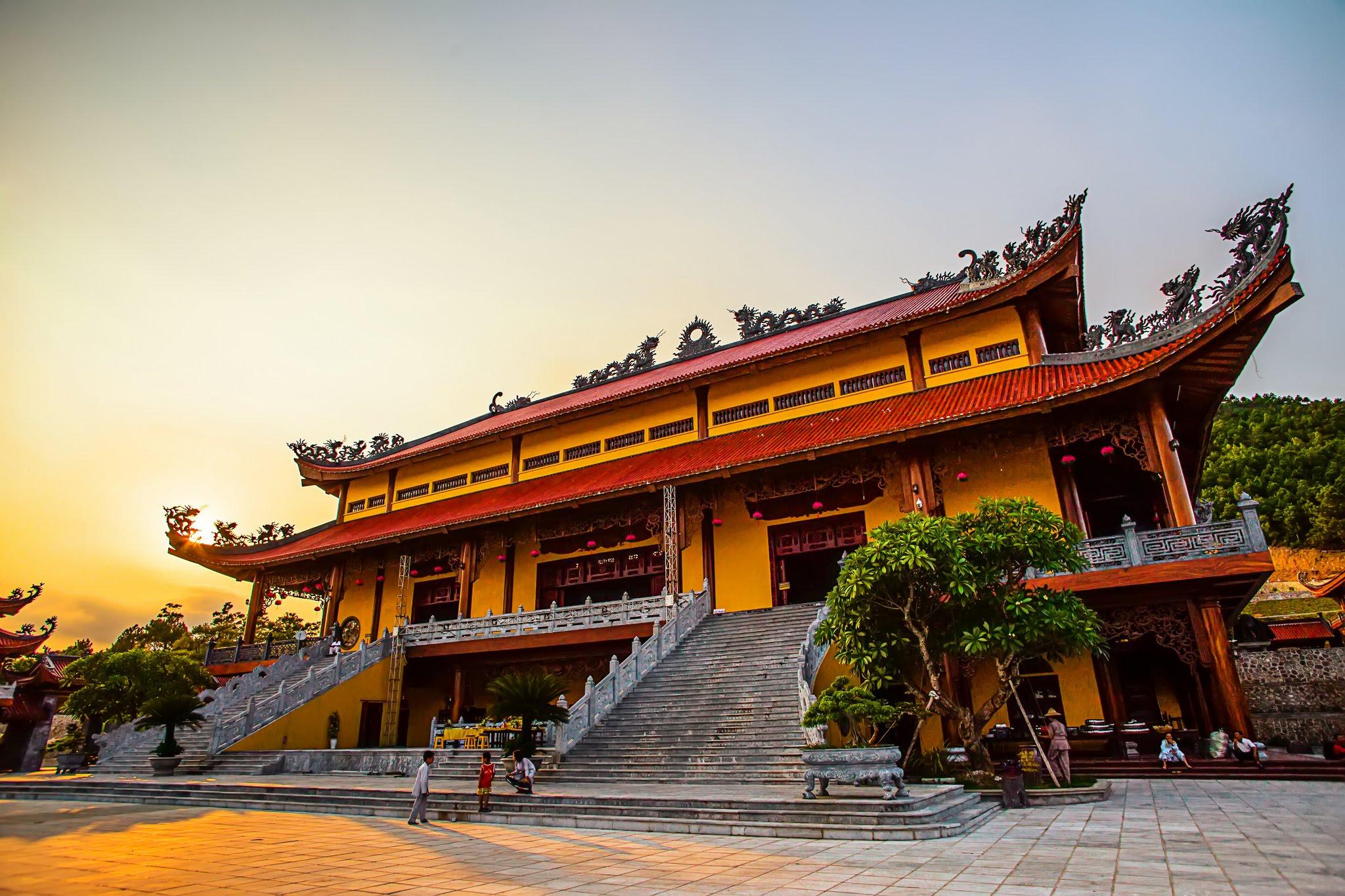 Kết quả hình ảnh cho chùa Côn Sơn kiếp bạc